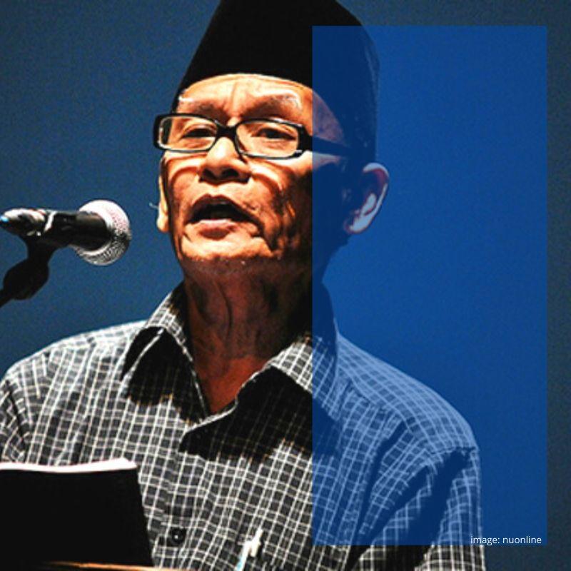 Displacing dan Creating of Meaning dalam Puisi Tiarap Karya D. Zawawi Imron